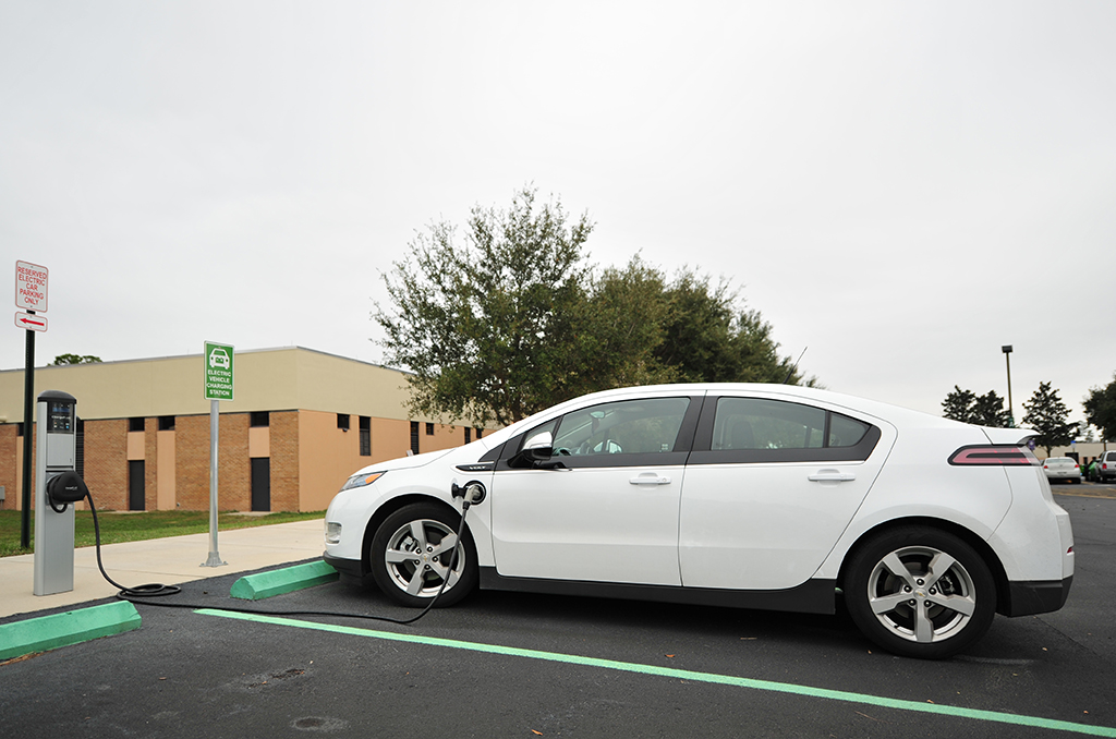 chevy-volt-charging-station87